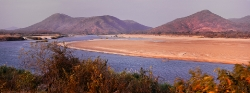 116A_LZmE_0409-14.33 Confluence, Lunsemfwa & Luangwa Rivers