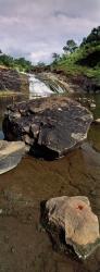 179_LZmS_687V Masusu Falls & Dragonfly