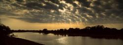 211_LZmE_417 Luangwa Wafwa & Clouds