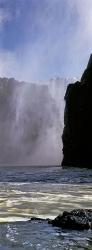 060_LZmS_213V Victoria Falls from below (close up)