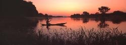 032C_LZmE_22 Fisherman & Sunset, Lower Kafue River
