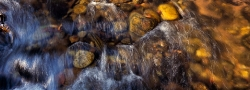 039_LZmE_209 Chilinga River abstract